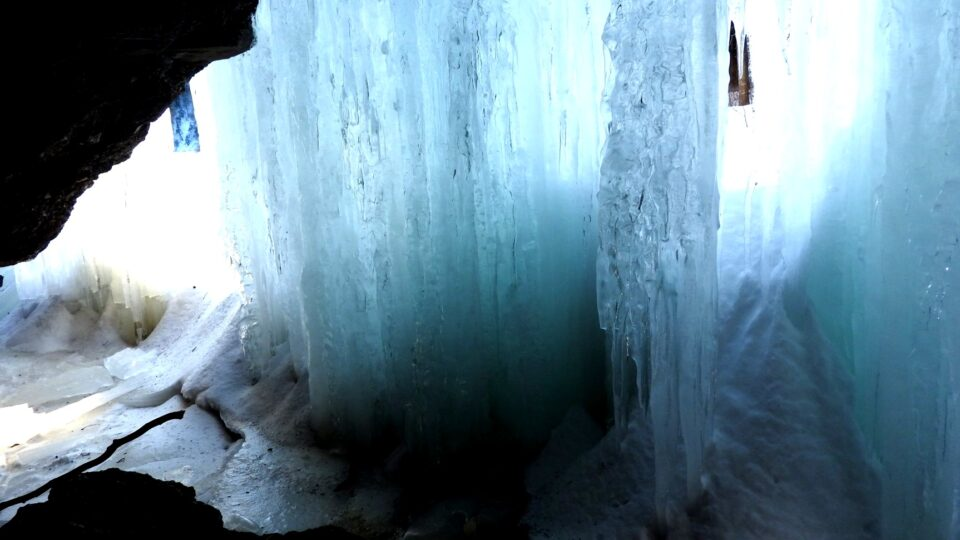 Devils oven Ice cave
