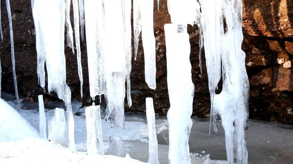 ice breaking Devils oven