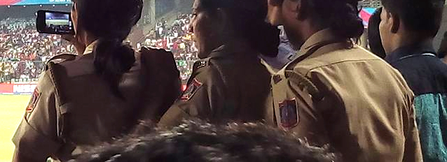 police india watching match